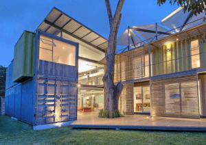 casa-incubo-house